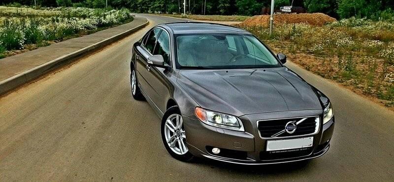 Volvo S80 (II) или Audi A4 (B8): выбираем премиальный седан до миллиона