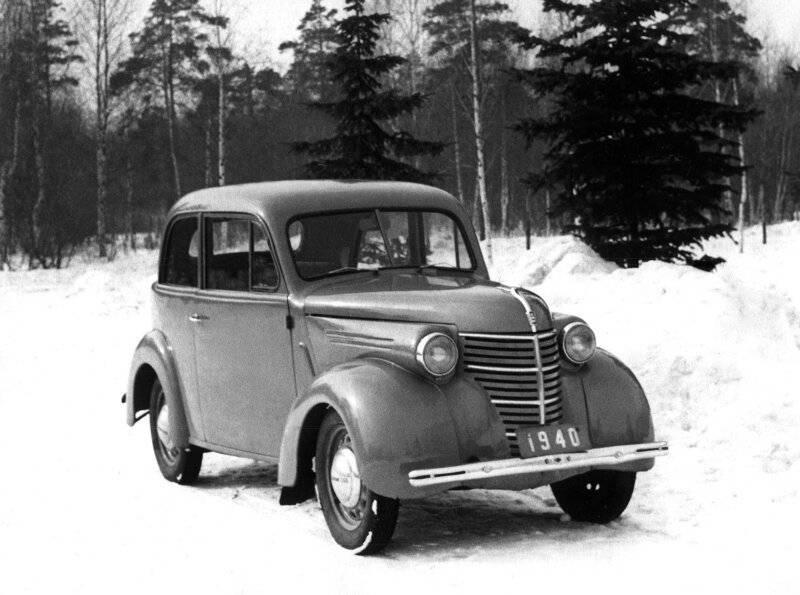 Большинство советских автомобилей копировались с иностранных   не знал