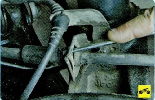 Когда нужно менять тормозной шланг в автомобиле
