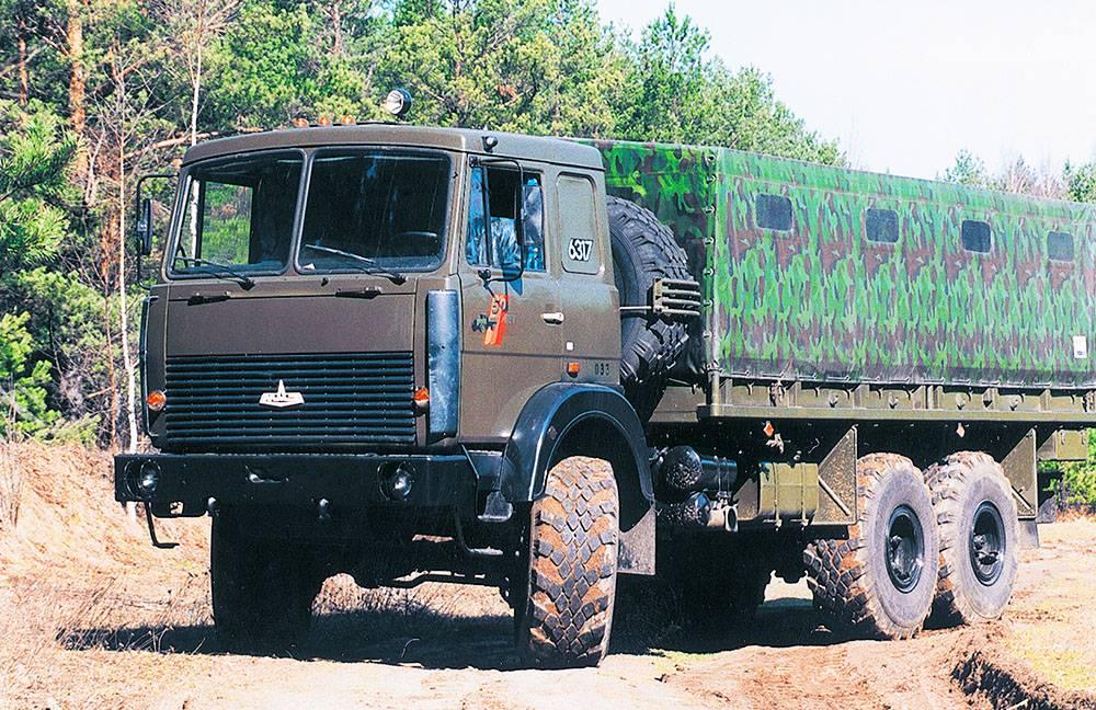 Грузовик маз-200п с дизельным двигателем ямз-236