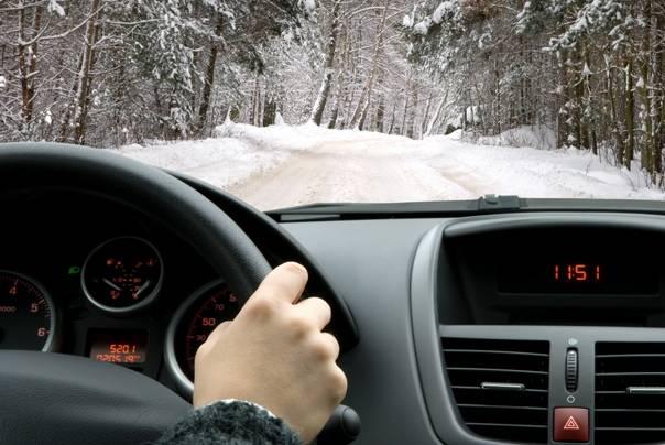 Езда по зимней трассе: простые правила