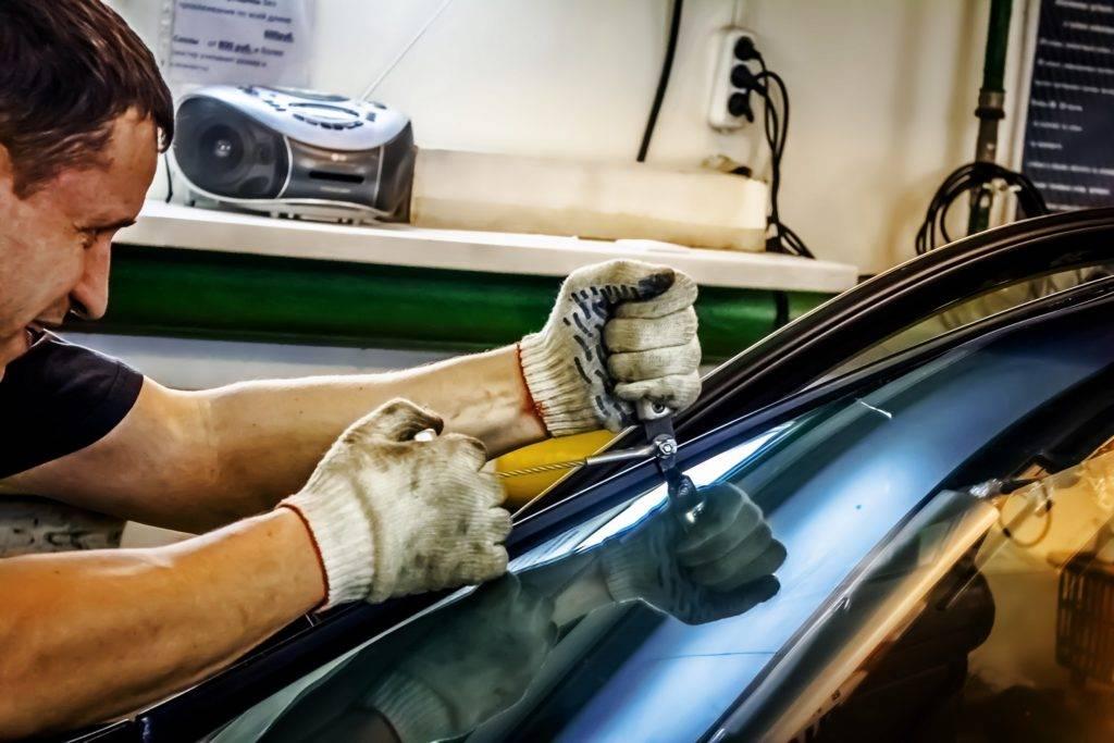 Как заменить лобовое стекло своими руками: демонтаж, подготовка и установка, что нужно для процедуры » автоноватор