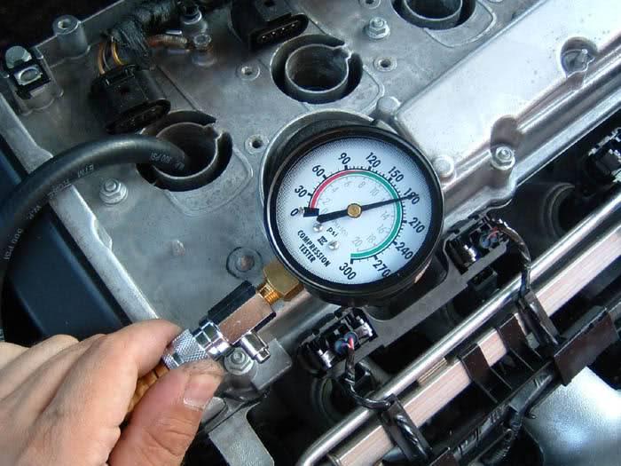 Как проверить компрессию в двигателе | автомеханик.ру