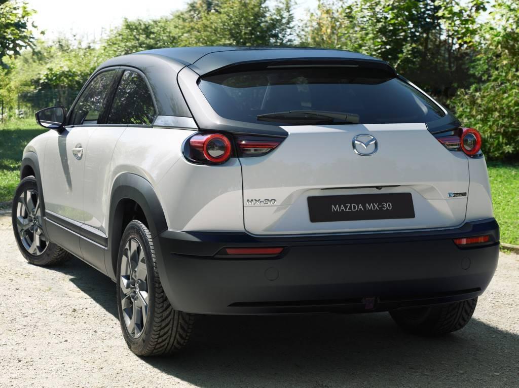 Mazda mx-30 ev ???? описание, характеристики mazda mx-30 | hevcars