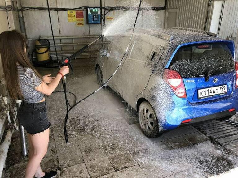 Как мыть машину на мойке самообслуживания: инструкция и ошибки
