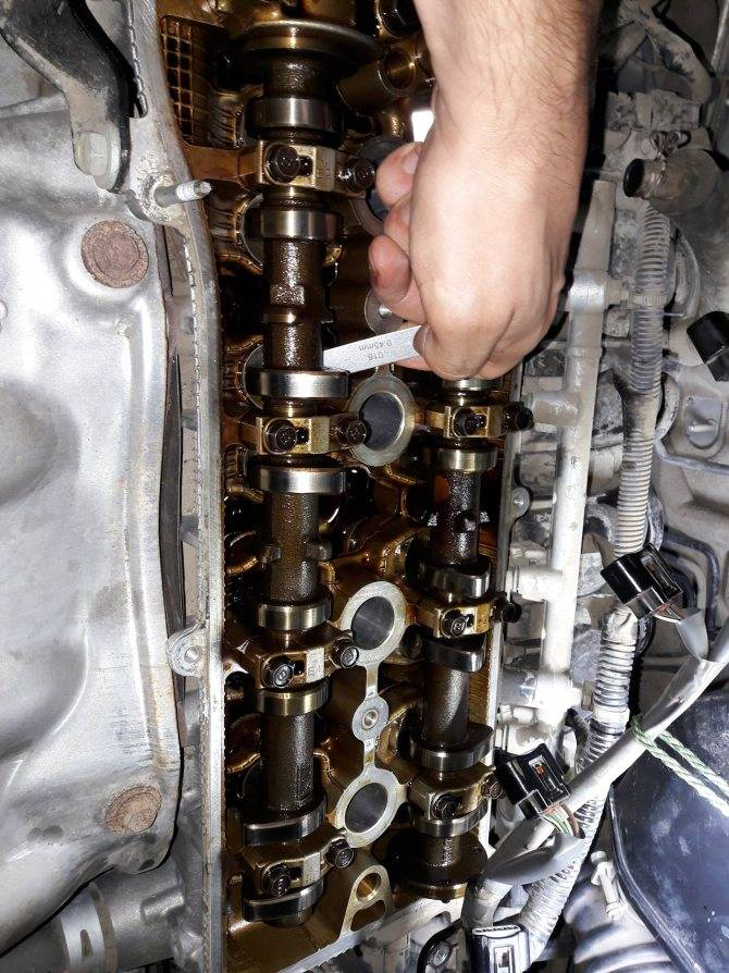 Что может стучать в двигателе?