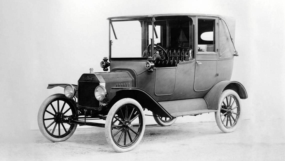 История первых автомобилей: какими они были и кто их конструировал