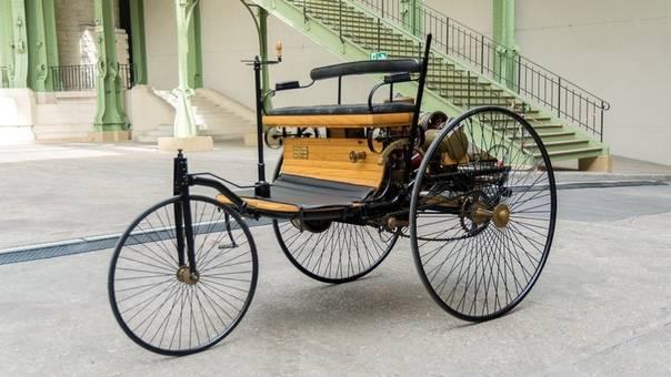 История появления первого автомобиля