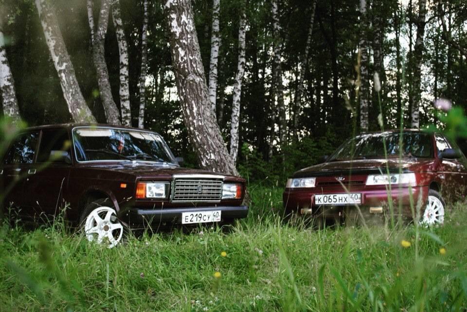 Авто за копейки: ВАЗ-2107 против ВАЗ-2109