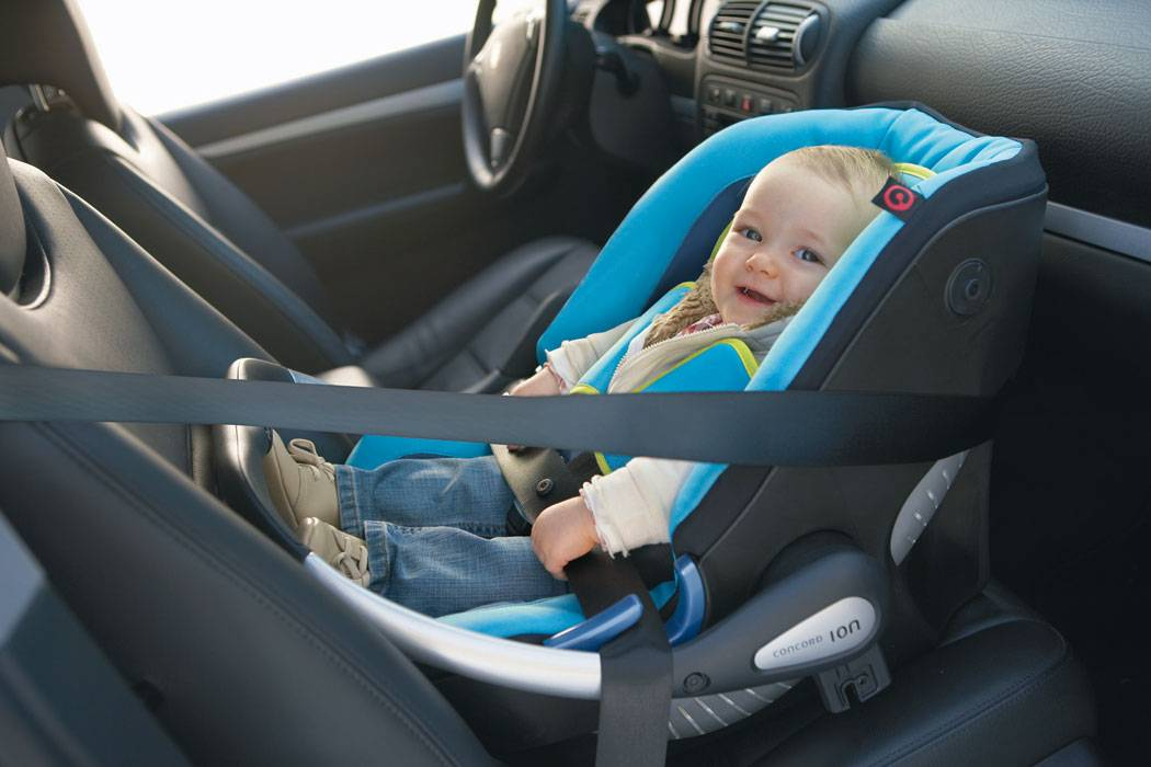 Как пристегнуть детское кресло: штраф за отсутствие и до скольки лет нужно - способы установить и закрепить в автомобиле (isofix и ремнем) » автоноватор