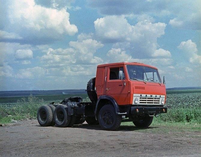 Автомобили КАМАЗ – седельные тягачи