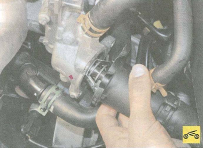 Рено логан замена термостата без слива охлаждающей жидкости