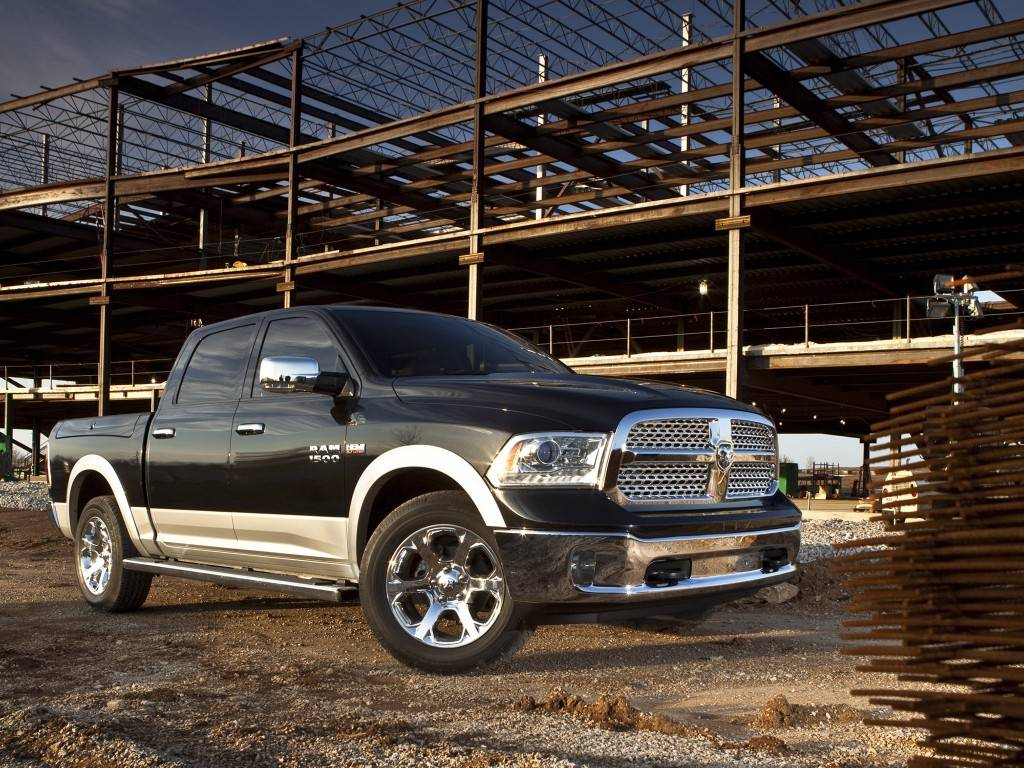 Dodge ram рестайлинг 2013, пикап, 4 поколение, dj/ds (01.2013 — н.в.) — технические характеристики и комплектации