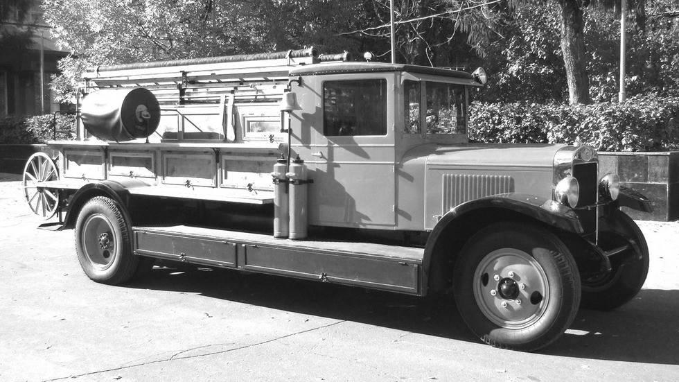 Советские автобусы амо, зис, зил. cкопированные, но советские: редчайшие военные автомобили амо советы по моделированию