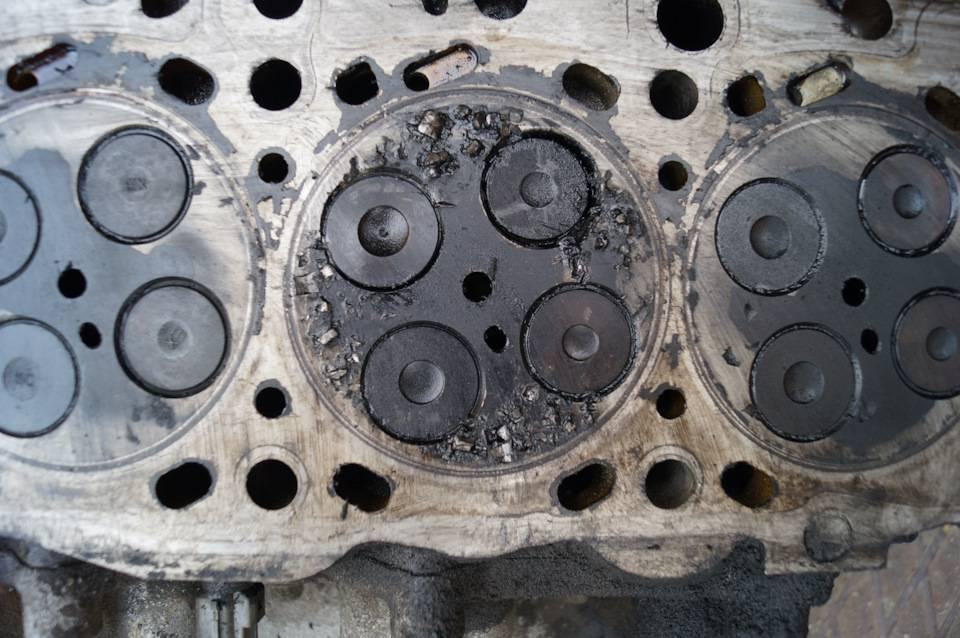 Как проверить компрессию в цилиндрах двигателя и почему она пропадает?