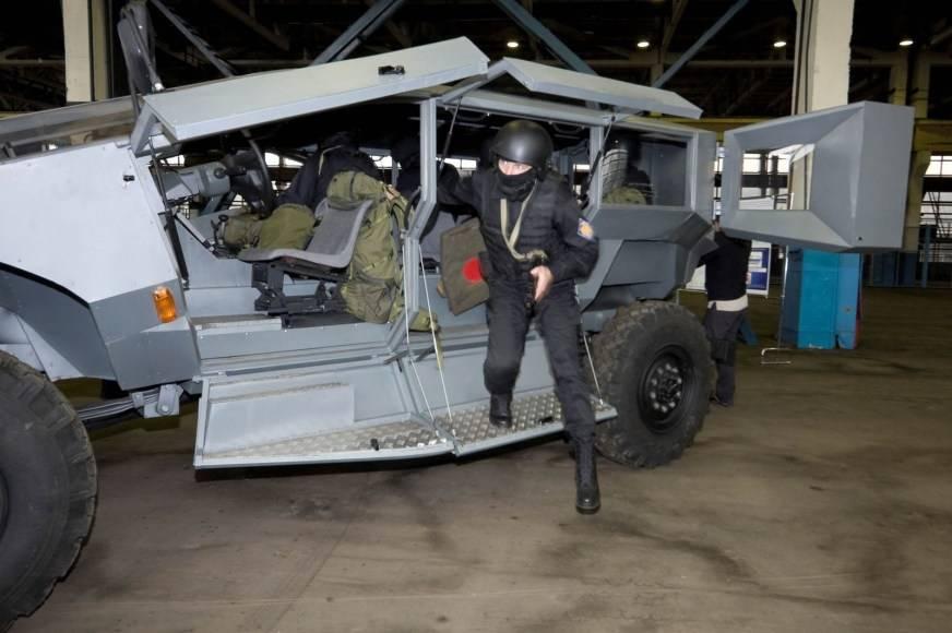 Зил 43272н бортовой 4х4 («спецавтопартнёр»: автомобили, строительная спецтехника (россия, москва))