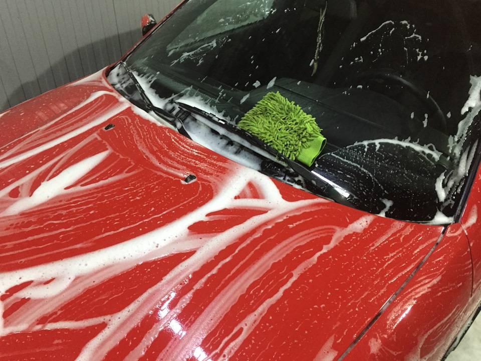 Какой воск для автомобиля лучше и как им пользоваться?