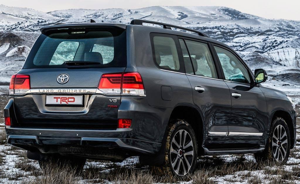 Специалисты назвали самые любимые машины у состоятельных россиян