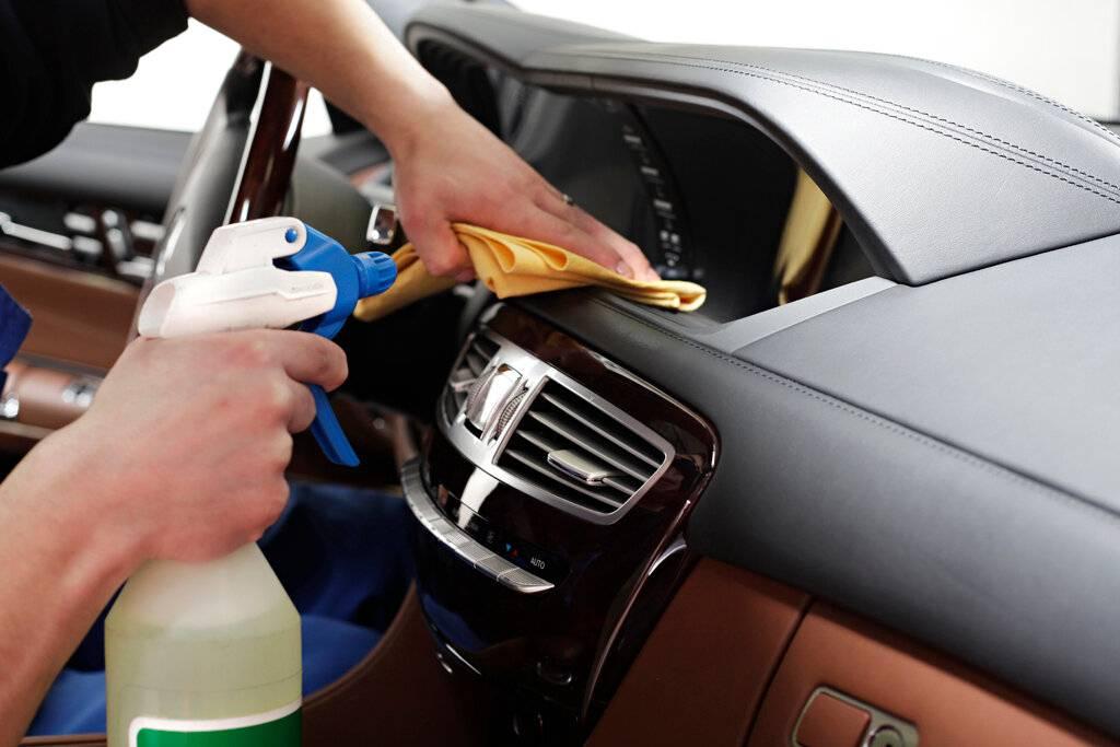 Почему лучше не мыть машину на автоматической мойке