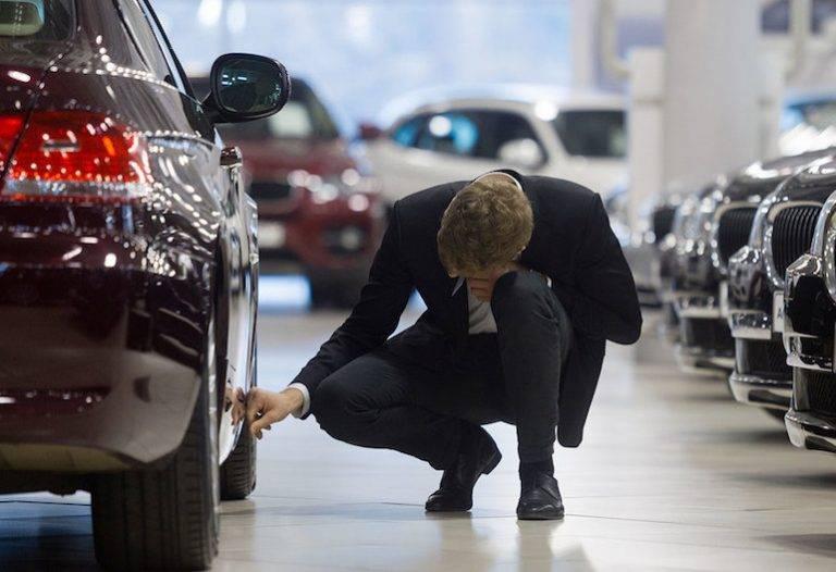 Отстаиваем свои права и деньги у автосалона-мошенника - что делать и куда обращаться, если обманули в автосалоне при покупке автомобиля?
