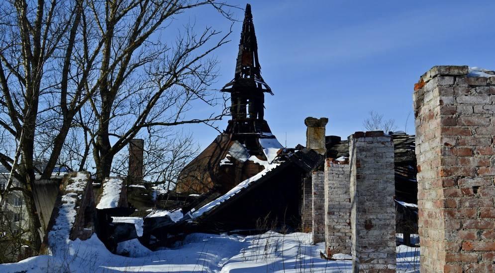 9 необычных усадеб в ленинградской области, в которых стоит побывать