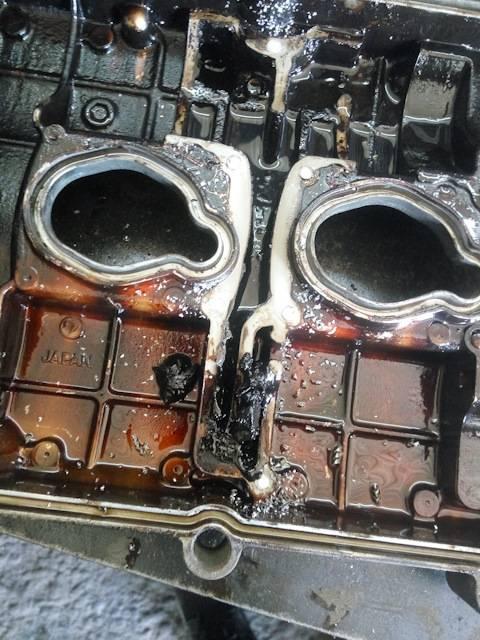 Двигатель ест масло: допустимо это или нет а также основные причины данного явления