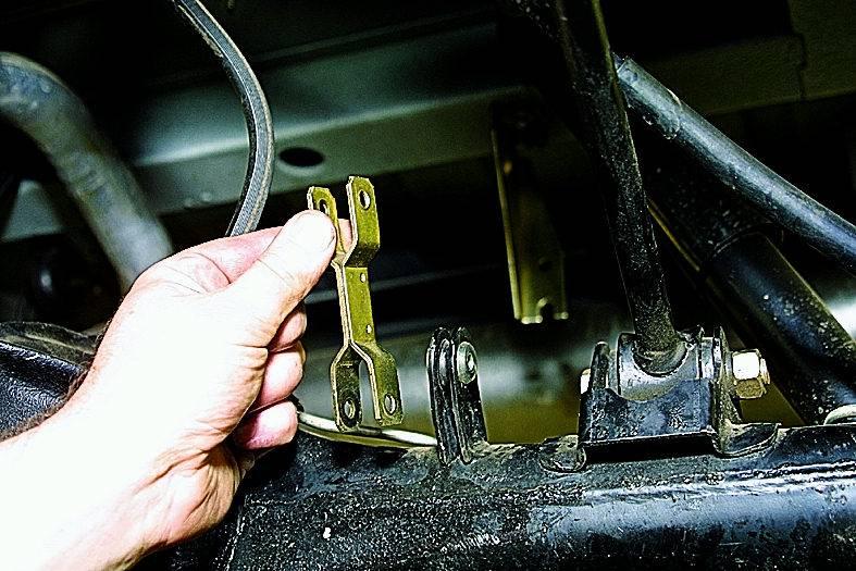 Замена передних тормозных шлангов : 5 простых действий - статьи