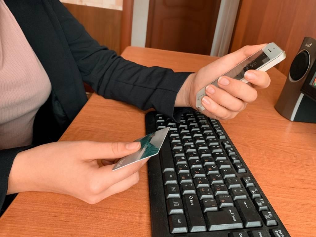 Как мошенники обманывают онлайн-покупателей и продавцов