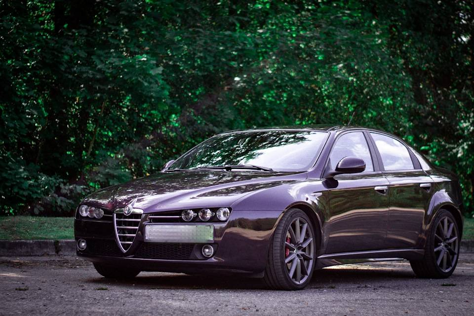Alfa romeo 156 - характеристики. комплектации. фото. видео. обзор