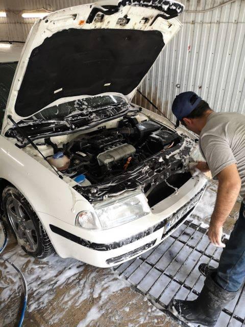 Как и чем мыть двигатель автомобиля: инструкция с фото и видео