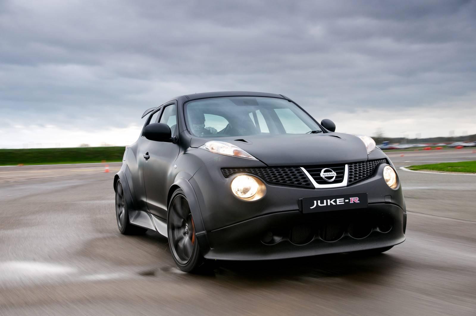 На лицо ужасный, добрый внутри: обзор Nissan Juke I поколения