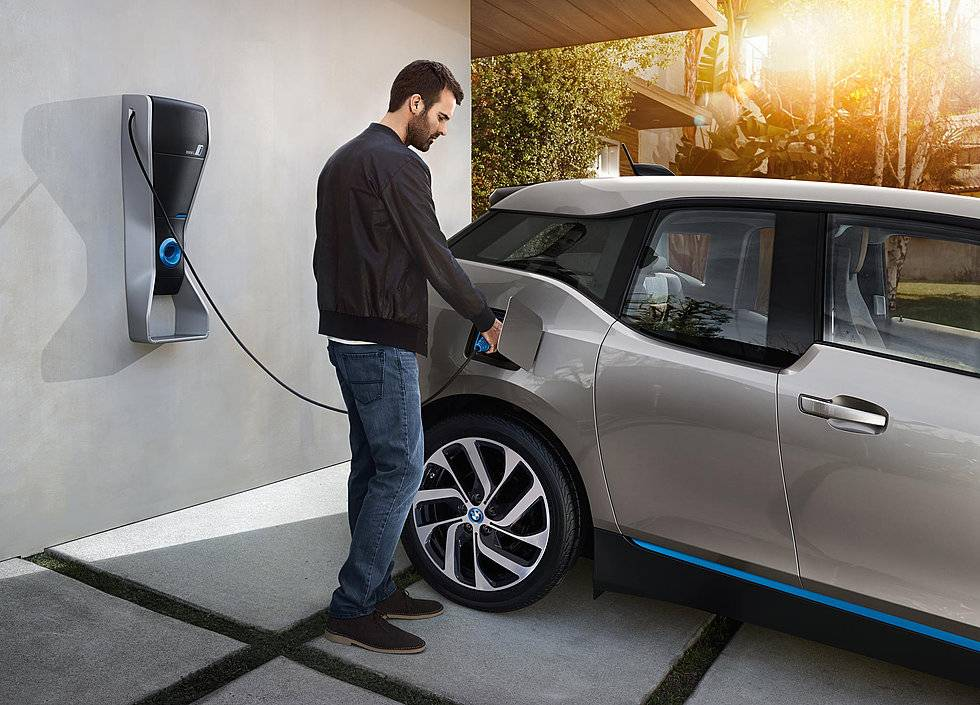 10 причин, почему стоит пересесть на электромобиль