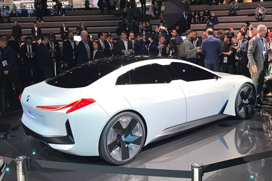 Электромобили 2021-2022 года