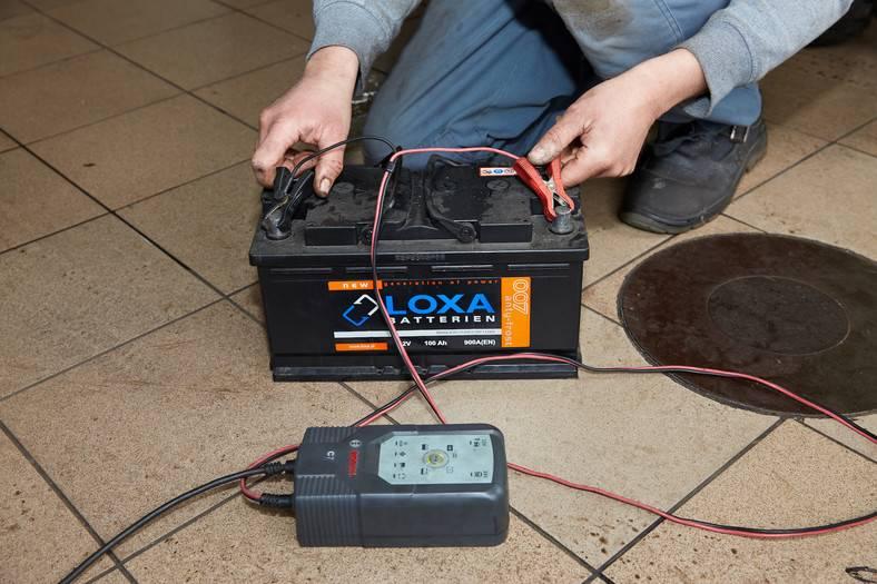 Что нужно знать о зарядке аккумулятора автомобиля зарядным устройством