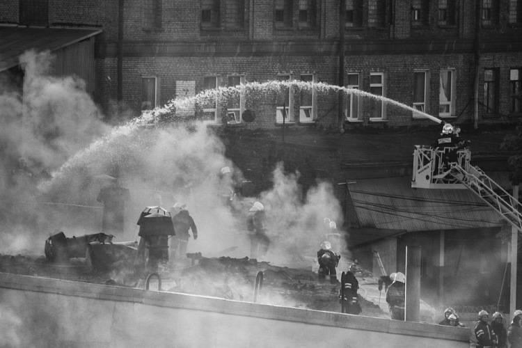 «люди теряли разум от голода»: блокадники вспоминают, как ленинград дожил до освобождения