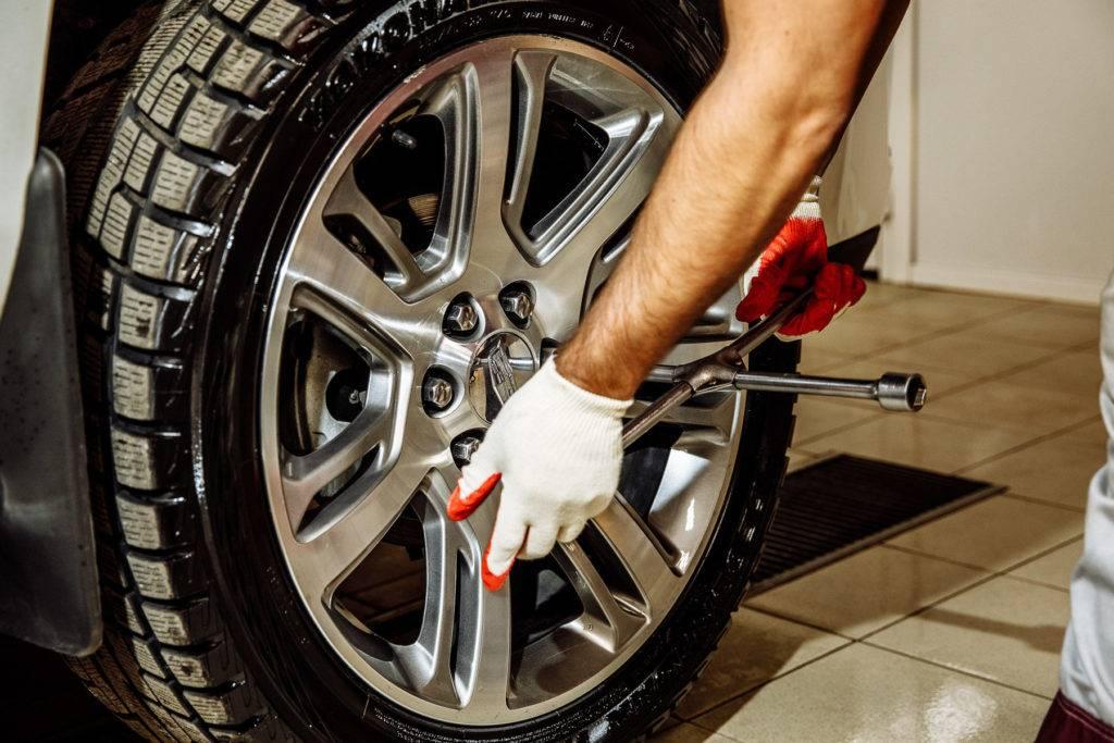 Шиномонтаж резины — грузовой и выездной ремонт шин
