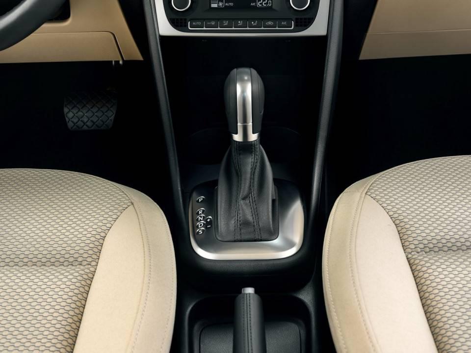 Полная и частичная замена масла в акпп polo sedan своими руками
