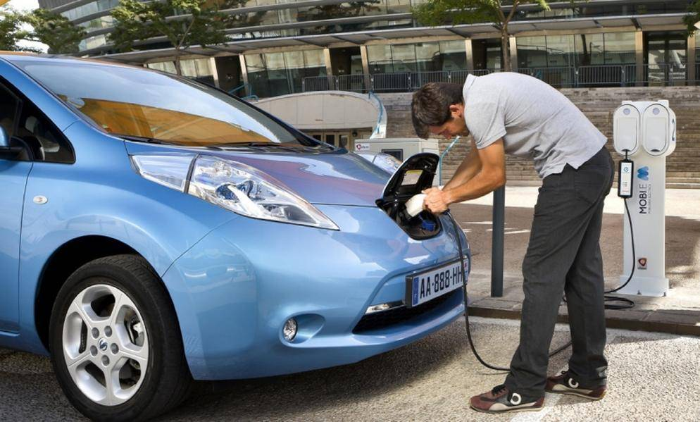 Nissan leaf — обзор — плюсы и минусы