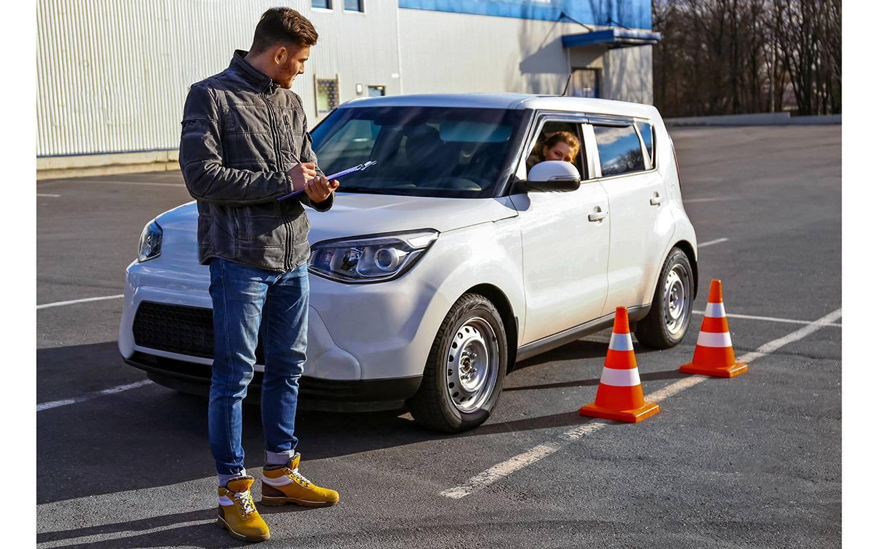 Какой автомобиль выбрать первым: топ-7 машин для начинающих водителей