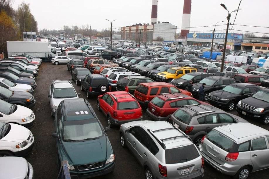Как автосалоны втюхивали нам «хлам»