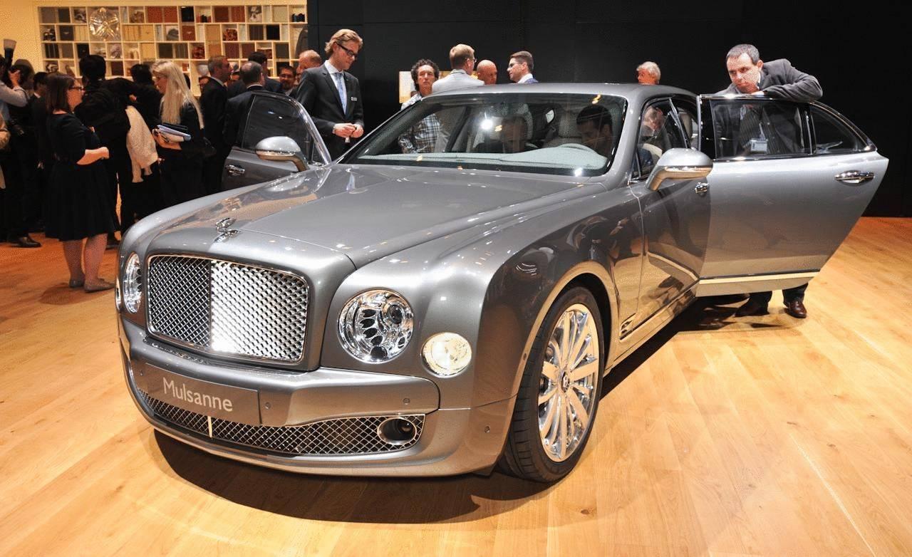 Роскошно жить не запретишь: самые дорогие авто на вторичке