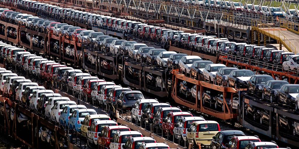 Названы страны, которые ввезли больше всего автомобилей в Россию