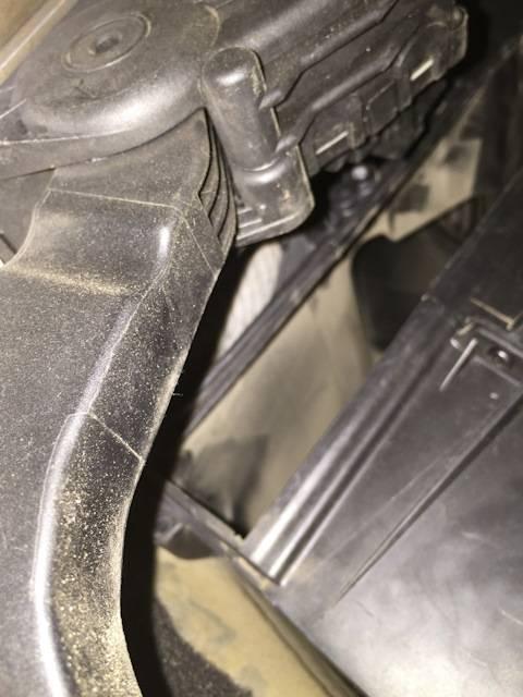 Замена салонного фильтра в форд фокус 2: где находится, как поменять своими руками
