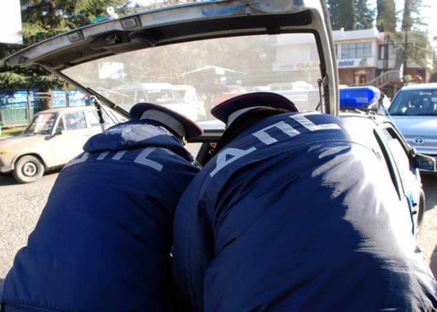 Проверка багажника авто инспектором гибдд: в каких случаях это законно и необходимо?
