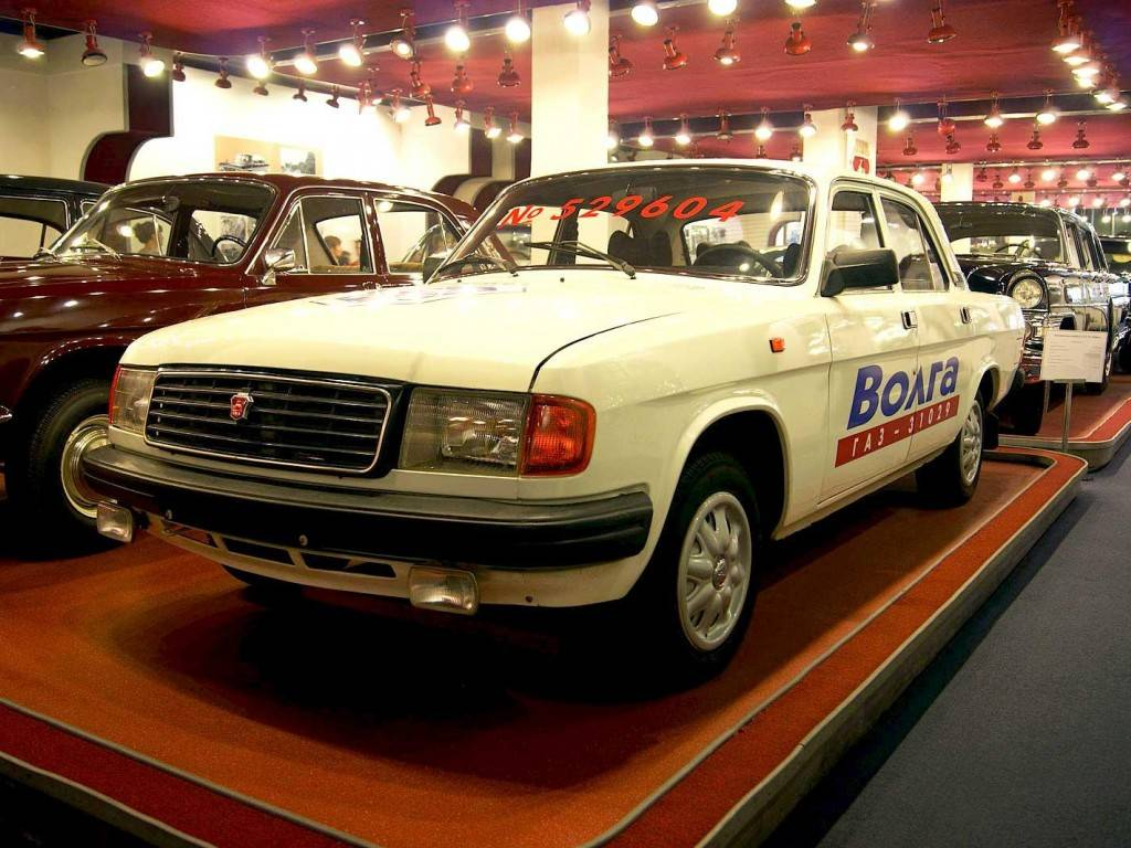 Волга-3102