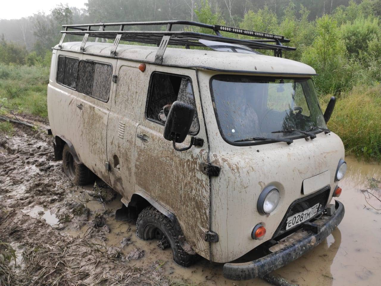 УАЗ вывел на рынок экспедиционную версию «Буханки»