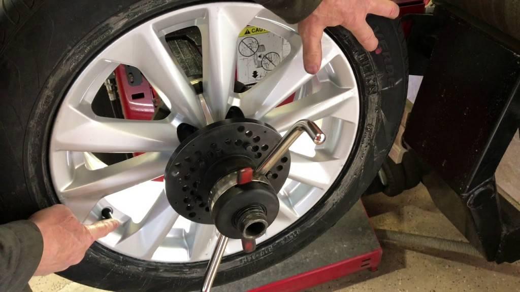 Как проверить балансировку колес автомобиля