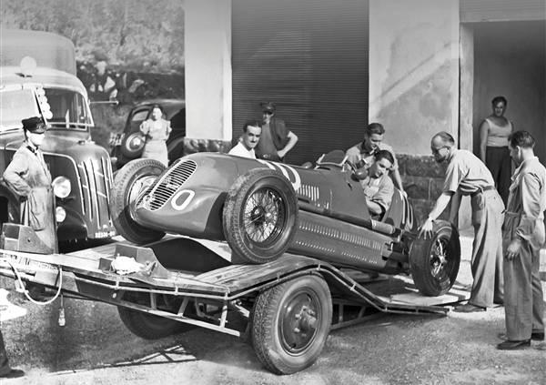 Mercedes-benz w125 rekordwagen