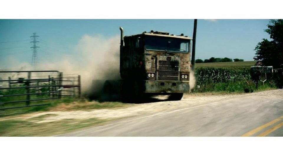 """Машины из """"трансформеров"""". трансформируюсь, активация: все автомобили из «трансформеров желтая машина из трансформеров"""