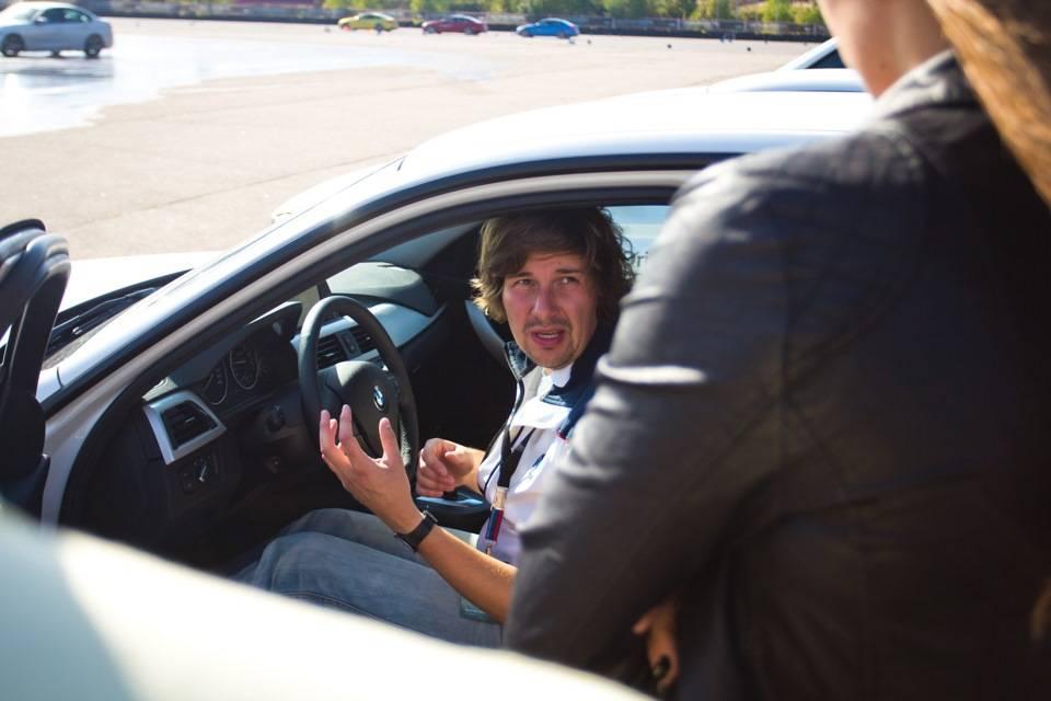 При нажатии на тормоз педаль медленно проваливается — интернет-клуб для автолюбителей